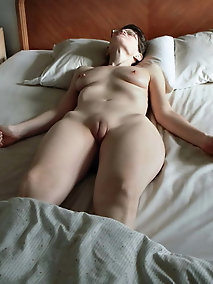 Desirable  experienced girlfriend loves a big boner very much